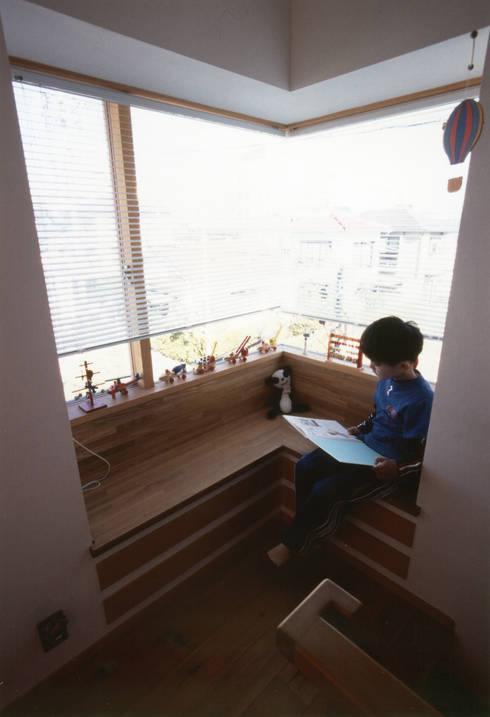 静岡の家 case001: 岩川卓也アトリエが手掛けた窓です。