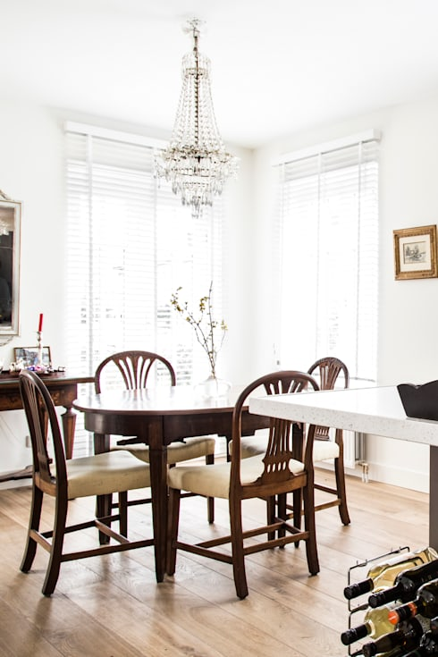 Dining room by Woon Architecten