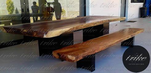 Mesa madera de Parota: Comedor de estilo  por Trike Interiorismo