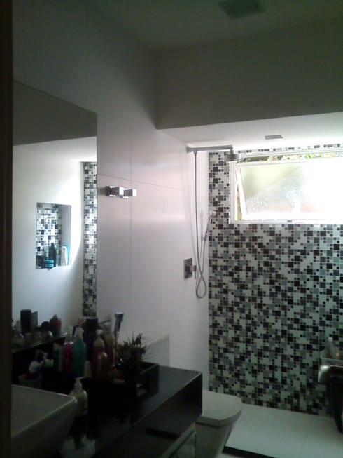 Bathroom by Margareth Salles