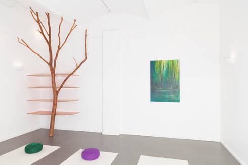 BaumRegal für Yoga-Raum: skandinavischer Fitnessraum von Badabaum