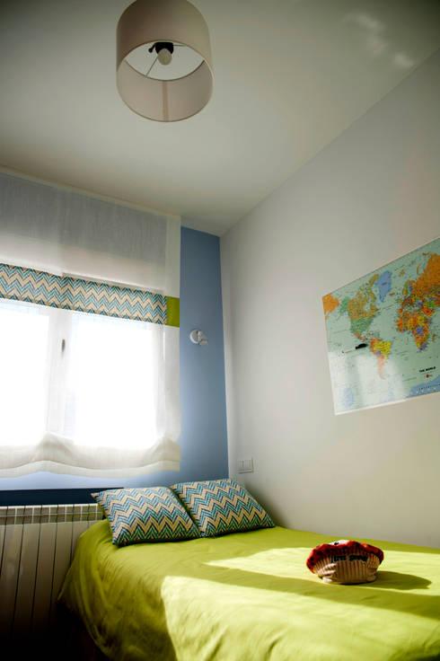 Dormitorios infantiles de estilo  por Arquigestiona Reformas S.L.