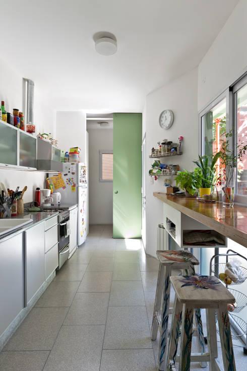 Projekty,  Kuchnia zaprojektowane przez Pop Arq