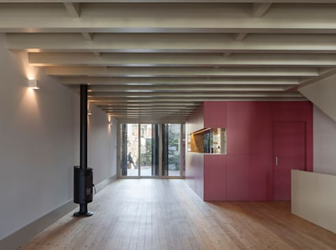 Casa das Gelosias: Salas de jantar ecléticas por Marta Campos - Arquitectura, Reabilitação e Eficiência Energética