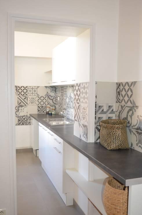 Rénovation de la cuisine d'une maison de location por Laura Benitta on