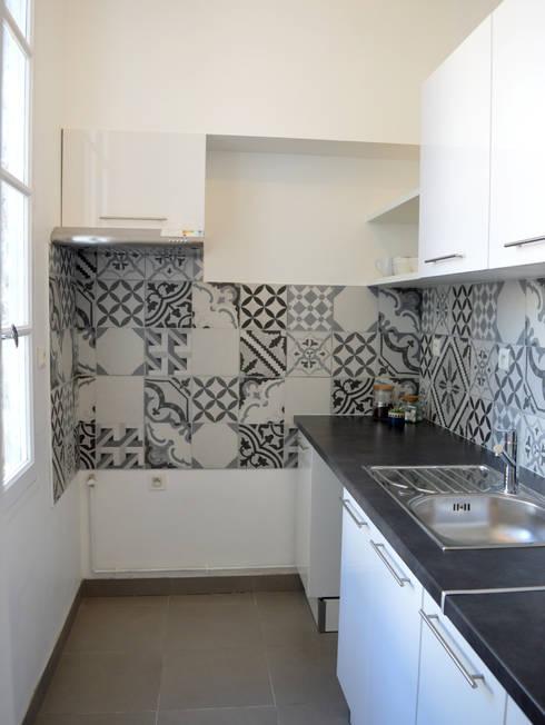 Rénovation de la cuisine d'une maison de location: Cuisine de style  par Laura Benitta Architecture d'intérieur et création de jardins