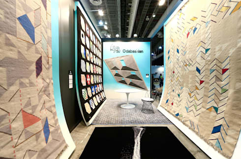 ODABASHIAN LUXURY HANDMADE RUGS BOOTH AT ZONA MACO ART FAIR, 2016: Oficinas y tiendas de estilo  por Elías Arquitectura