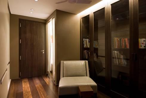 Residence 2: modern Living room by Dynamic Designss