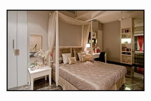 Residence 1: modern Bedroom by Dynamic Designss