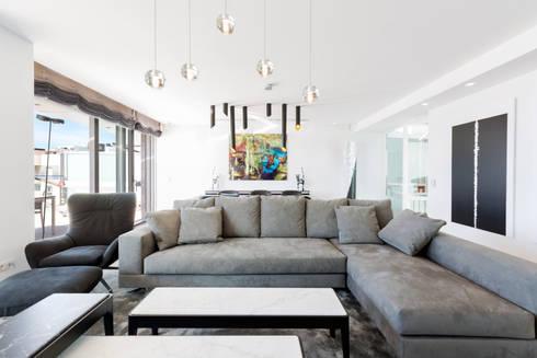 modern Living room by Bornelo Interior Design
