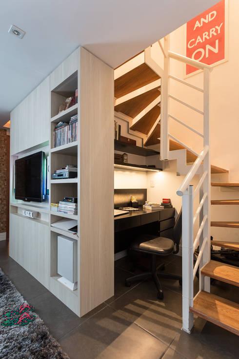 SDV | Home Office: Escritórios  por Kali Arquitetura