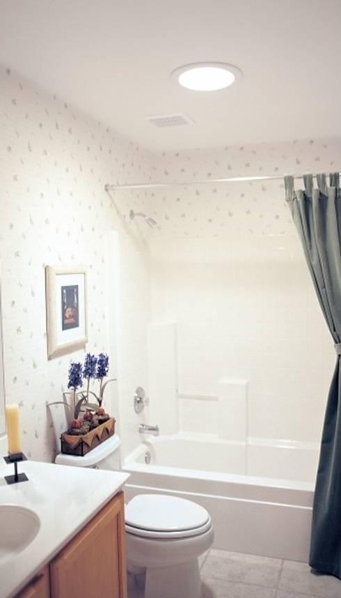 Casa de banho: Casa de banho  por Solatube Portugal