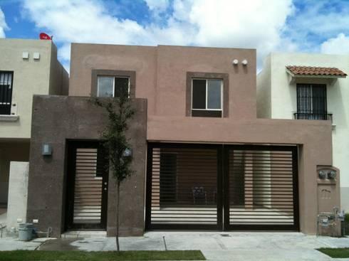 Casa Paraje Anahuac: Casas de estilo moderno por HERRADA Arquitectura