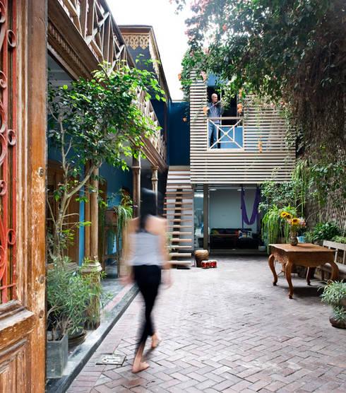 Casa Azul: Jardines de estilo  por Marina Vella Arquitectura