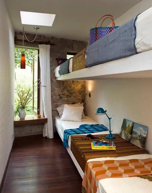 ห้องนอน by Marina Vella Arquitectura