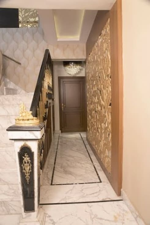 3 BHK Apartment Bengaluru:  Corridor & hallway by Cee Bee Design Studio