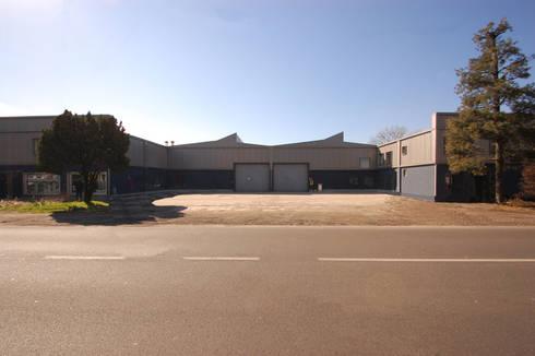 Ristrutturazione capannone industriale di arch francesco for Capannone in stile
