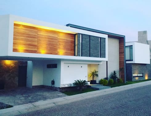 CASA LV: Casas de estilo minimalista por ORTHER Architects
