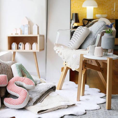 Showroom Casas com Design - Espaço crianças: Espaços comerciais  por Casas com design