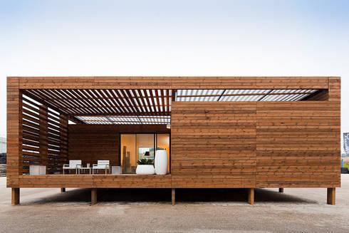 Soyo Village: Casas modernas por Jular Madeiras