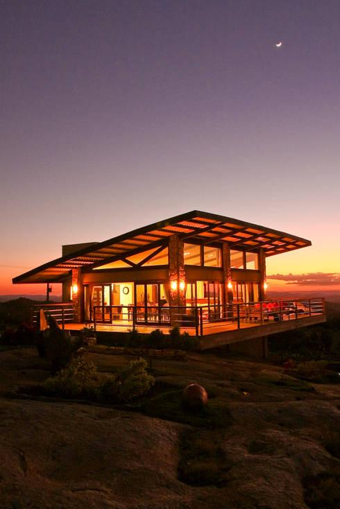 Casas de estilo  por Duo Arquitetura