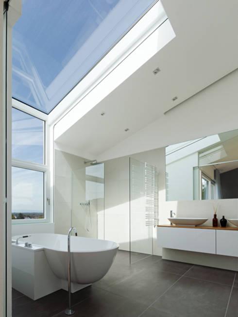 Ванные комнаты в . Автор – C&C Architekten BDA