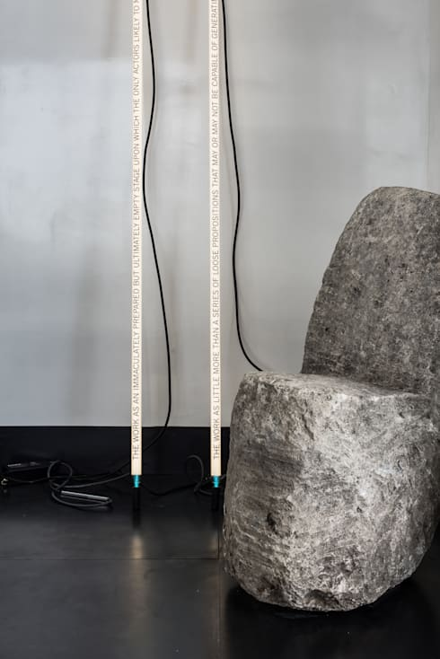 SALA DE ESTAR EM TELEGRAPH HILL: Salas de estar modernas por Antonio Martins Interior Design Inc