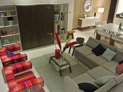 Sala: Salas de estilo minimalista por ArtiA desarrollo, arquitectura y mobiliario.