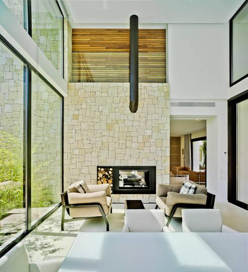 Гостиная в . Автор – Aguilar Arquitectos