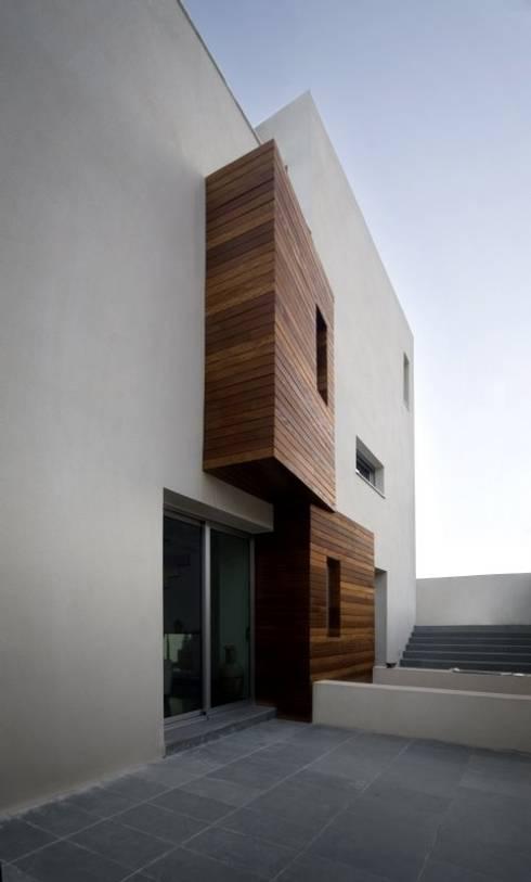 Casas minimalistas por Ceres A+D