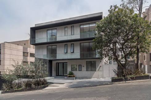 Tabachines 40: Casas de estilo minimalista por PHia