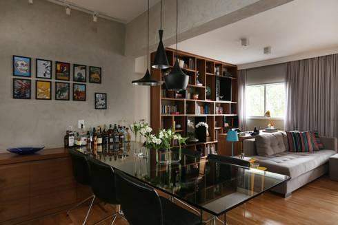 Apartamento FF: Salas de jantar modernas por Studio Novak