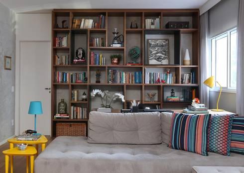 Apartamento FF: Salas de estar modernas por Studio Novak