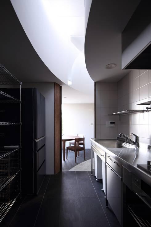 福山の家: 藤原・室 建築設計事務所が手掛けたキッチンです。
