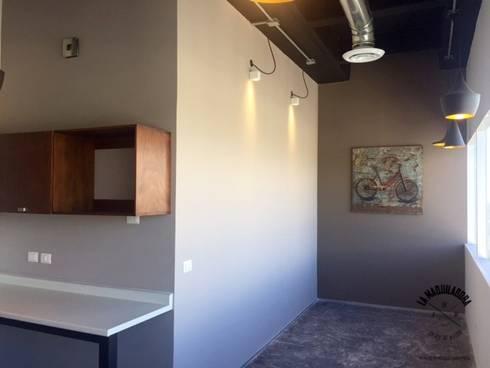 Oficinas Horticonnect NL: Oficinas y tiendas de estilo  por La Maquiladora / taller de ideas