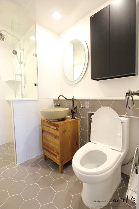 관평동 테크노밸리 10단지 꿈에그린아파트 34평형: 더홈인테리어의  욕실