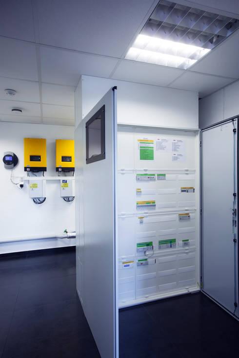 غرفة الميديا تنفيذ Klaus Geyer Elektrotechnik