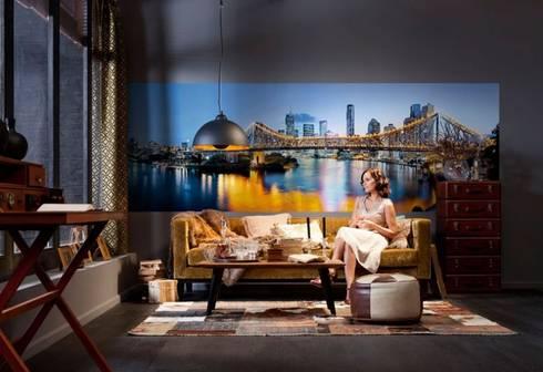 Papel de parede wallpaper www.intense-mobiliario.com  BRISBANE http://intense-mobiliario.com/pt/fotomurais/4619-fotomural-brisbane.html: Casa  por Intense mobiliário e interiores;