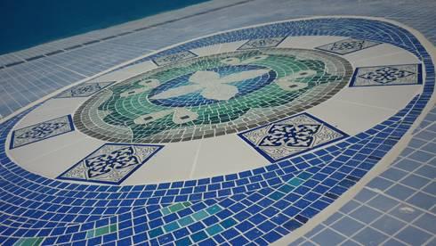 Mosaiquismo En Fondo De Piscina De Mosa Y Quito Homify