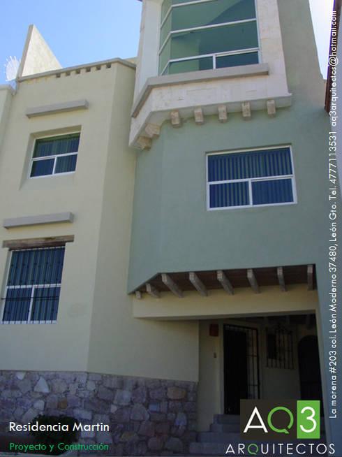 Residencia Martin : Casas de estilo rústico por AQ3 Arquitectos