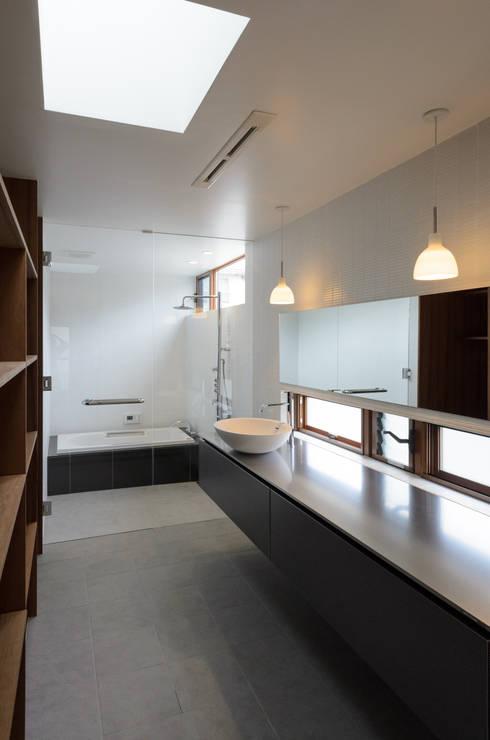 バウムスタイルアーキテクト一級建築士事務所의  욕실