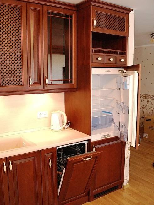 Встроенная кухня: Кухня в . Автор – URBAN wood