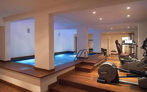 salle de sport domicile par athletica design homify. Black Bedroom Furniture Sets. Home Design Ideas