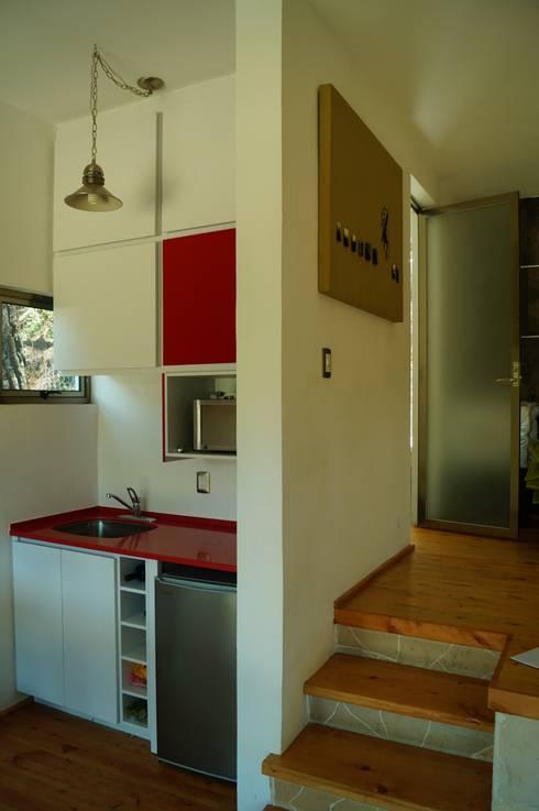Loft Manatí, Vista Interior.: Cocinas de estilo minimalista por T+E ARQUITECTOS