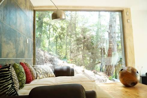 Loft Manatí, Vista Interior.: Recámaras de estilo minimalista por T+E ARQUITECTOS