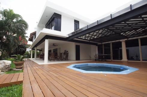 Residencia P-L: Spa de estilo moderno por AIDA TRACONIS ARQUITECTOS EN MERIDA YUCATAN MEXICO