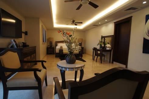 Residencia P-L: Recámaras de estilo clásico por AIDA TRACONIS ARQUITECTOS EN MERIDA YUCATAN MEXICO