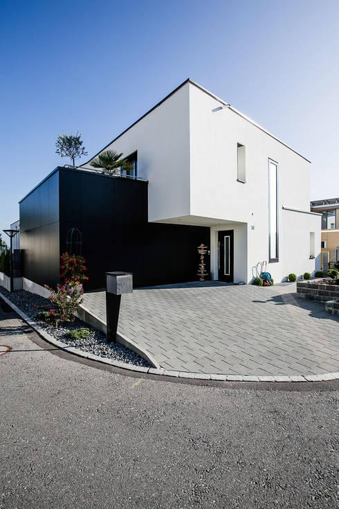 Maisons de style  par Hunkeler Partner Architekten AG