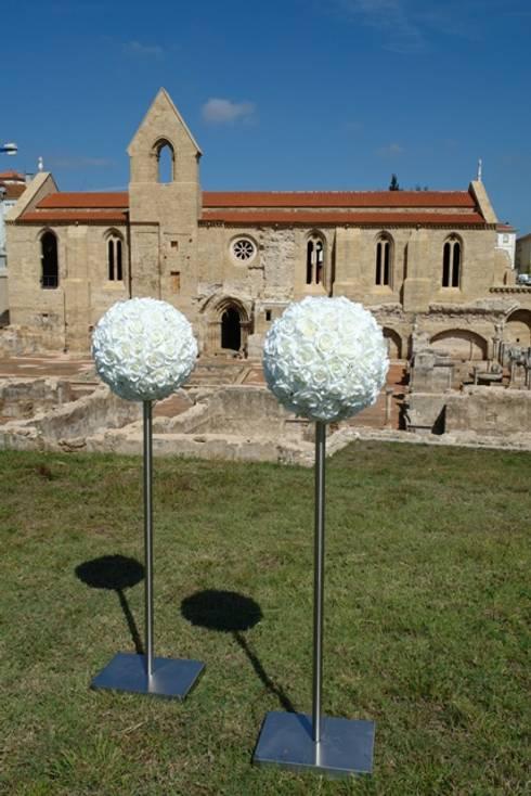 Exposição São Rosas... Mosteiro de Santa Clara à Velha e Museu Nacional Machado de Castro : Arte  por MB Design de Interiores