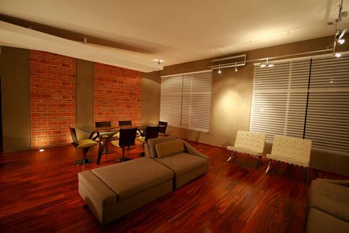 Taracena - RIMA Arquitectura: Salas de estilo moderno por RIMA Arquitectura